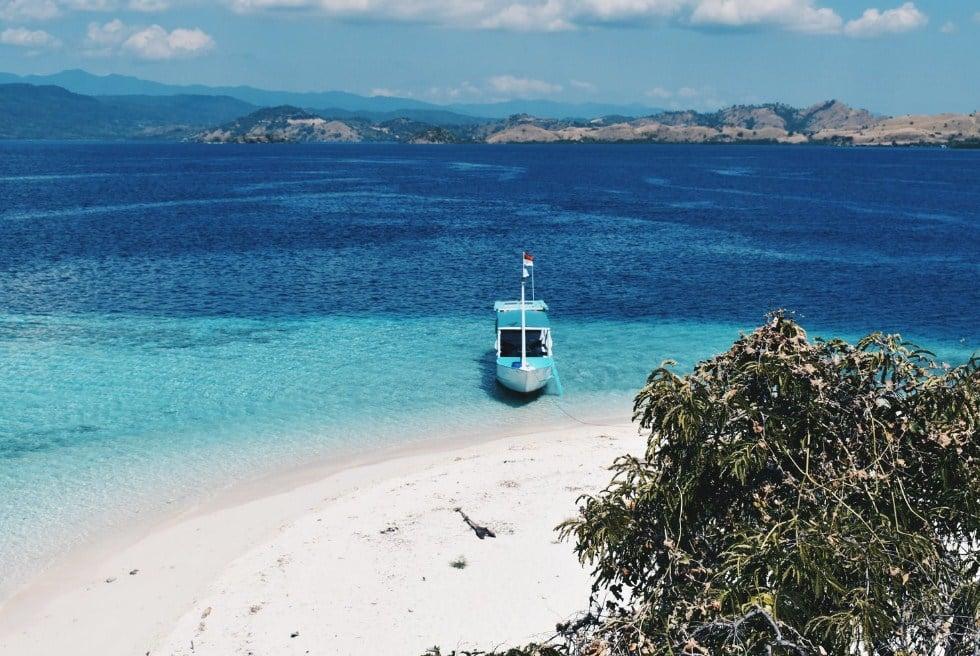 Eksotisme Pulau Burung Labuan Bajo yang Tawarkan Keindahan yang Mengagumkan