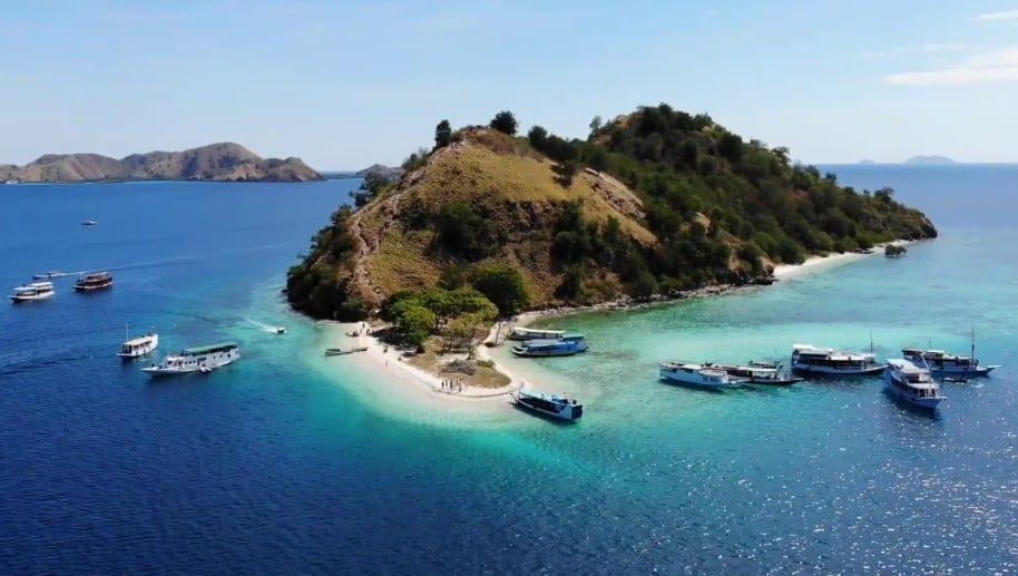 Paket Wisata Tour Labuan Bajo 2 Hari 1 Malam Januari