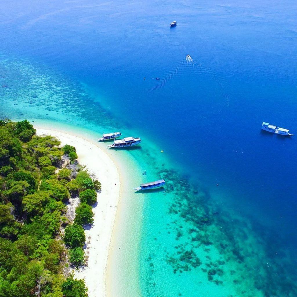 Pulau Bidadari Nusa Tenggara Timur Tawarkan Pantai Pasir Putih yang Menakjubkan