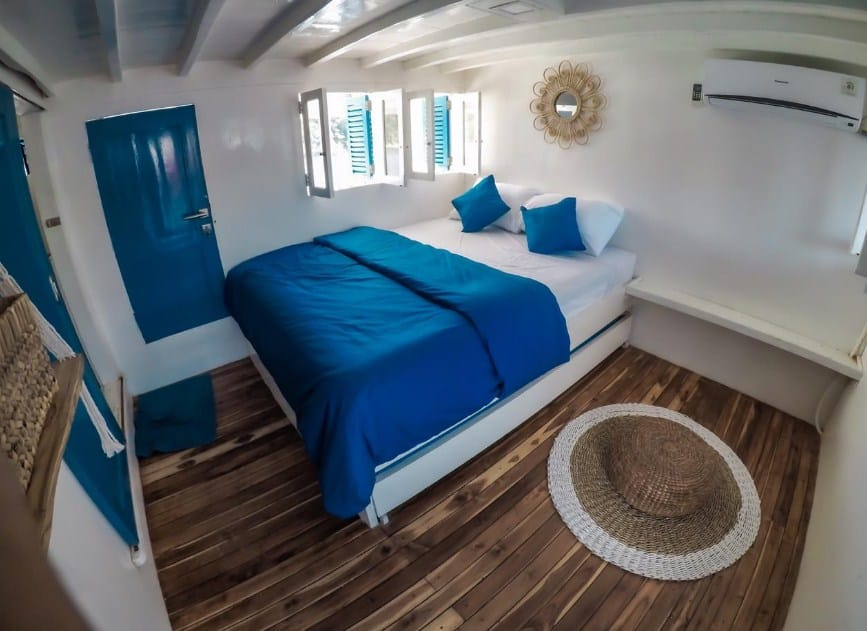 Cabin Kapal La Nissa Liveaboard Labuan Bajo