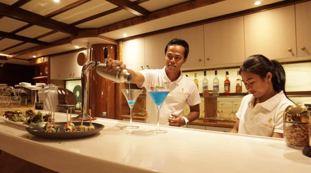 Have A Sip of Cocktails at Lamima Yacht Phinisi's Bar and Lounge