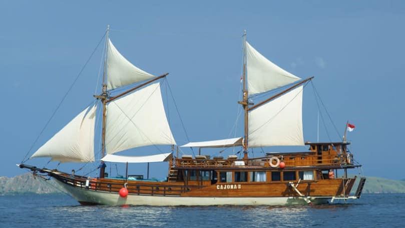Tentang Kapal Cajoma 3 Phinisi Labuan Bajo