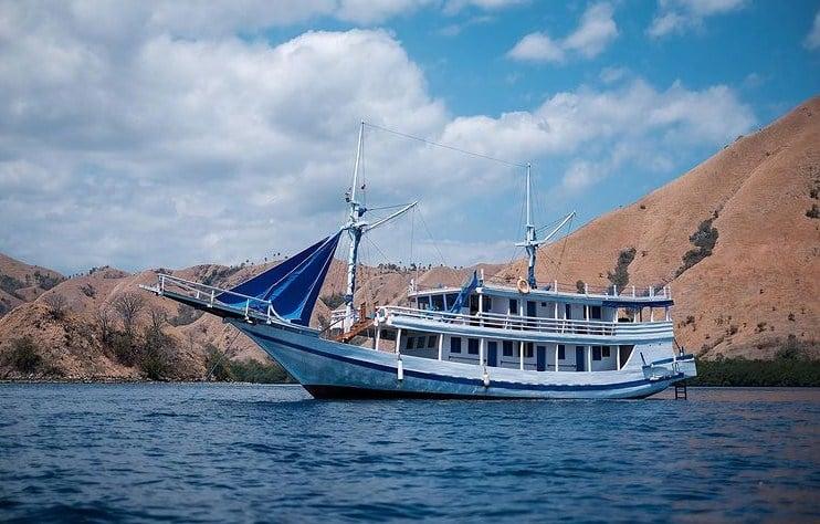 Tentang Kapal La Nissa Liveaboard Labuan Bajo