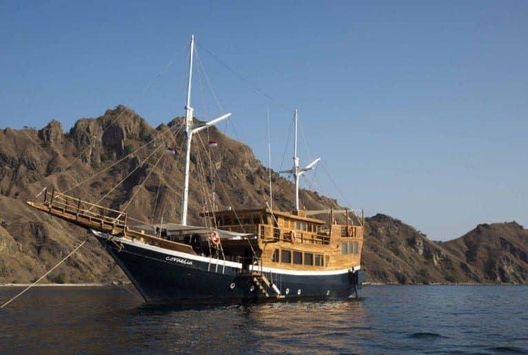 Tentang Kapal Cordelia Phinisi Labuan Bajo